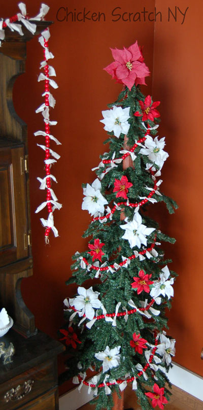 Country Primitive Christmas Tree
