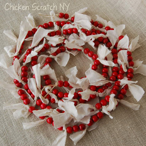 Red and white country decorations