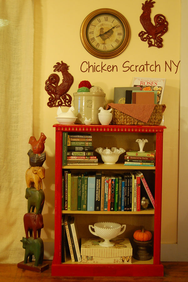 DIY Chalkpaint Bookcase Makeover