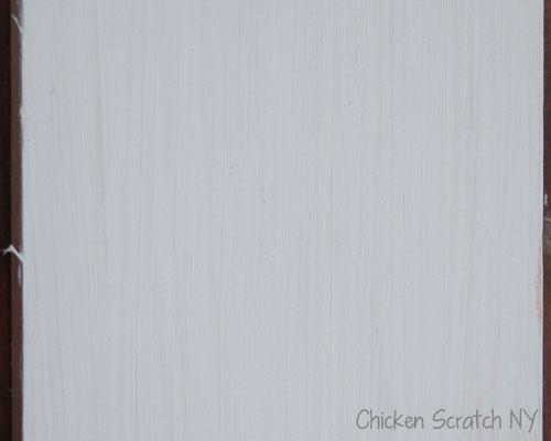white-chalk-paint