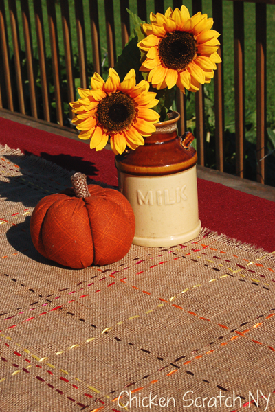 Autumn Burlap and Ribbon Table Runner Tutorial