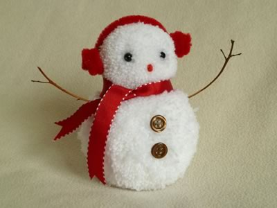 pom-pom-snowman-christmas-crafts-red