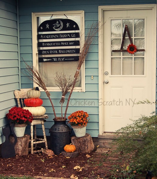 Halloween Entry Way - Broom Co. SignTutorial