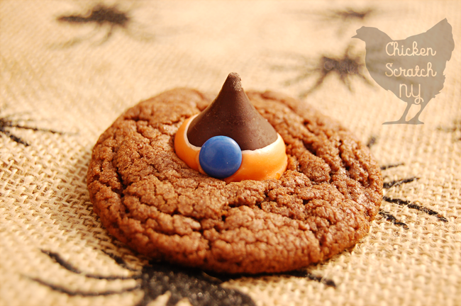 Fancy up simple Hershey Kiss cookies to make adorably sweet Witch Hats perfect to help your little monsters celebrate Halloween