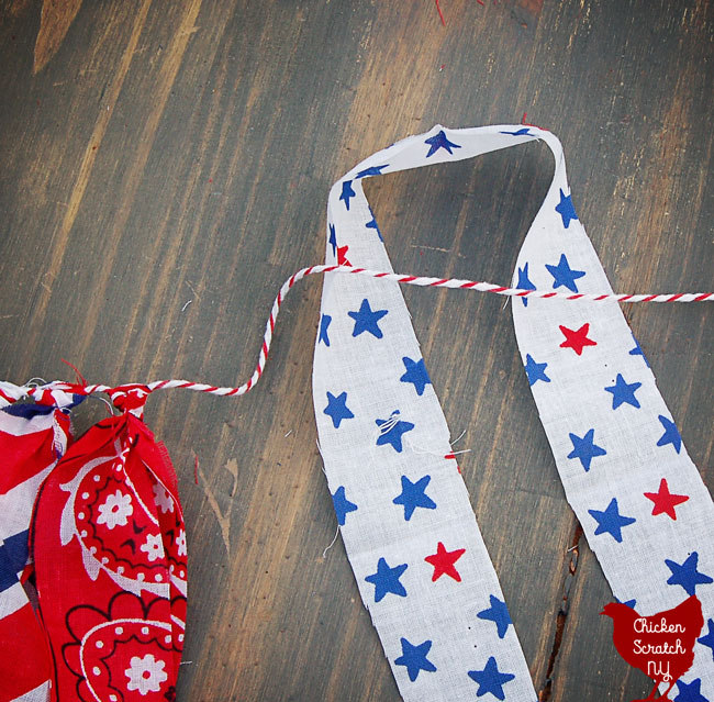 4th of July no sew americana garland from bandanas and barkers twine
