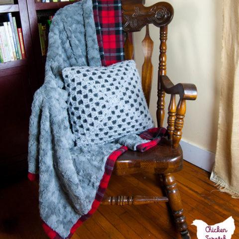 DIY Fleece & Fur Blanket