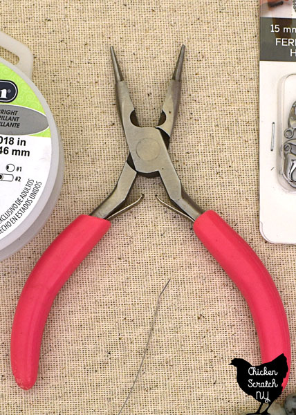 3 in 1 jewelry pliers with pink handle