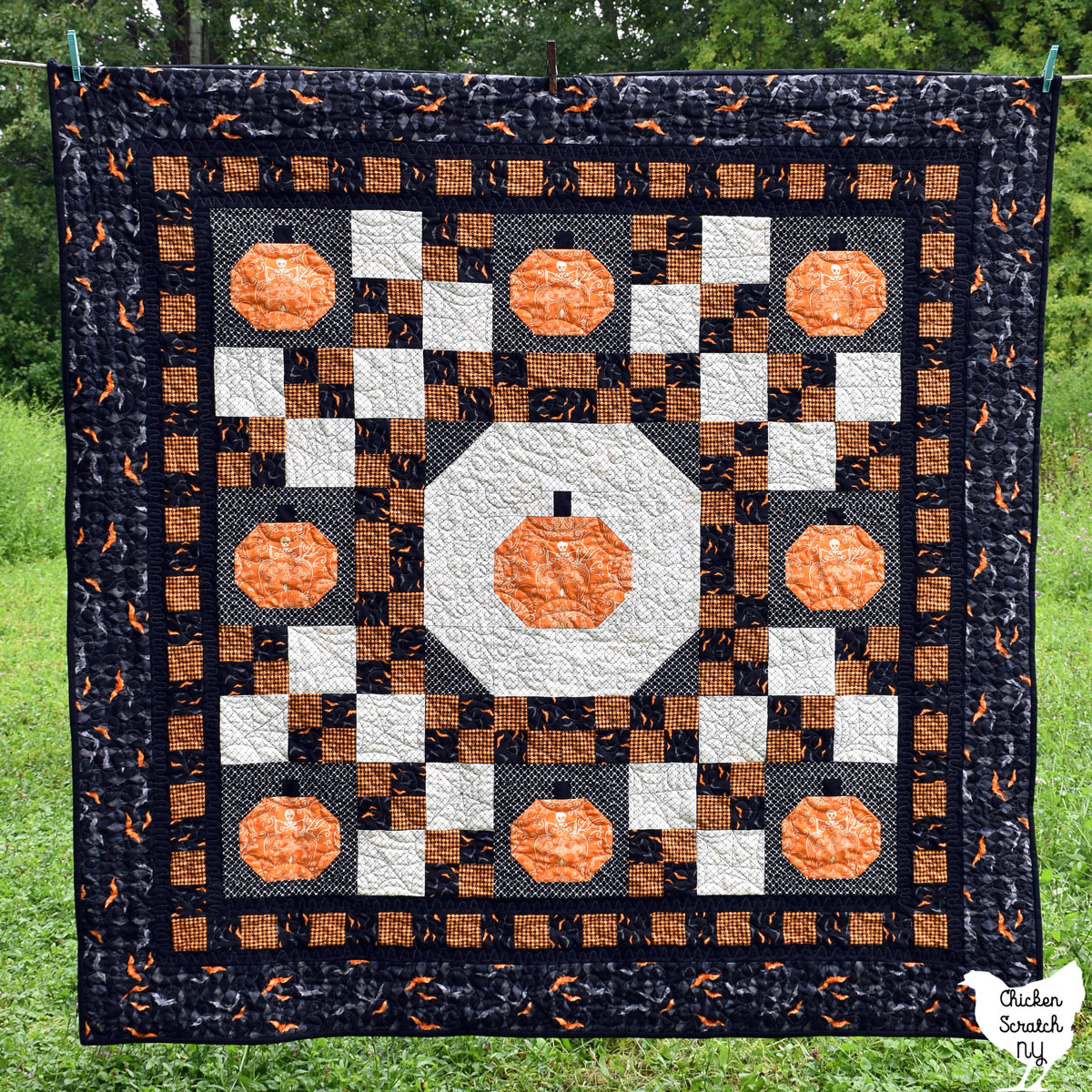 Halloween version of the pumpkin lattice quilt made with Midnight Haunt fabric from andover